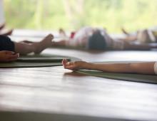 Yoga class, Canon 1Ds mark III