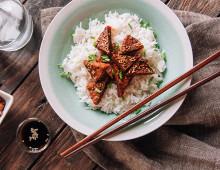 Teriyaki tofu with rice
